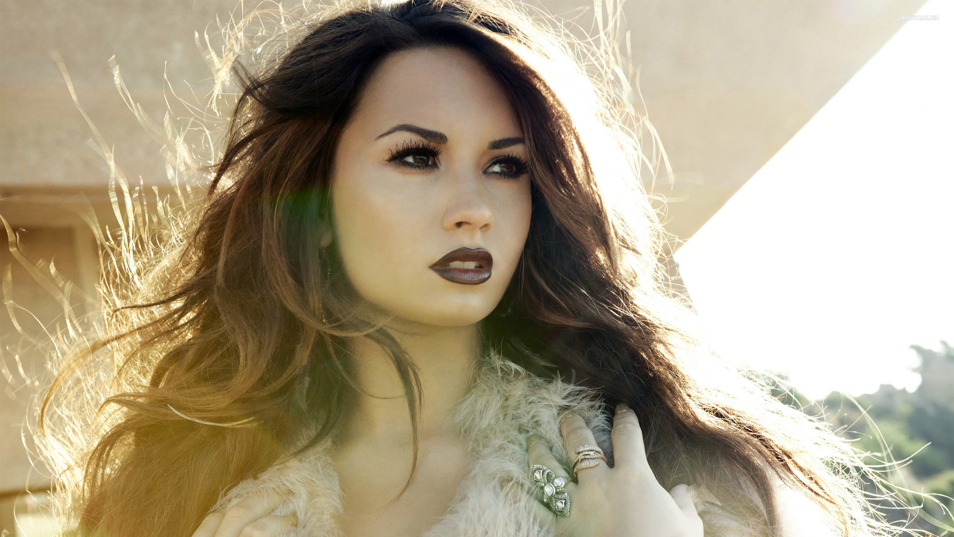 Demi Lovato Short Pictures
