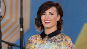 Demi Lovato Short Full Hd