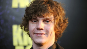 Evan Peters Computer Backgrounds