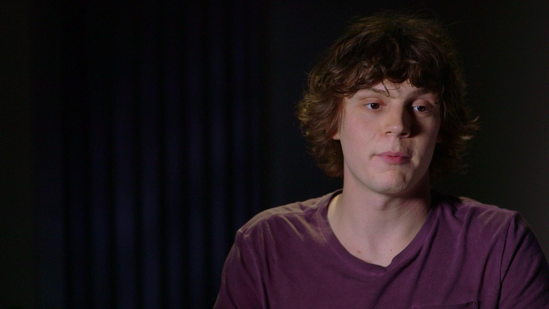 Evan Peters High Definition Wallpapers