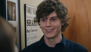 Evan Peters Images