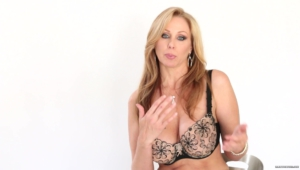 Julia Ann Wallpaper