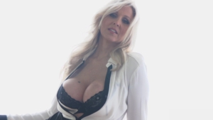 Julia Ann For Deskto
