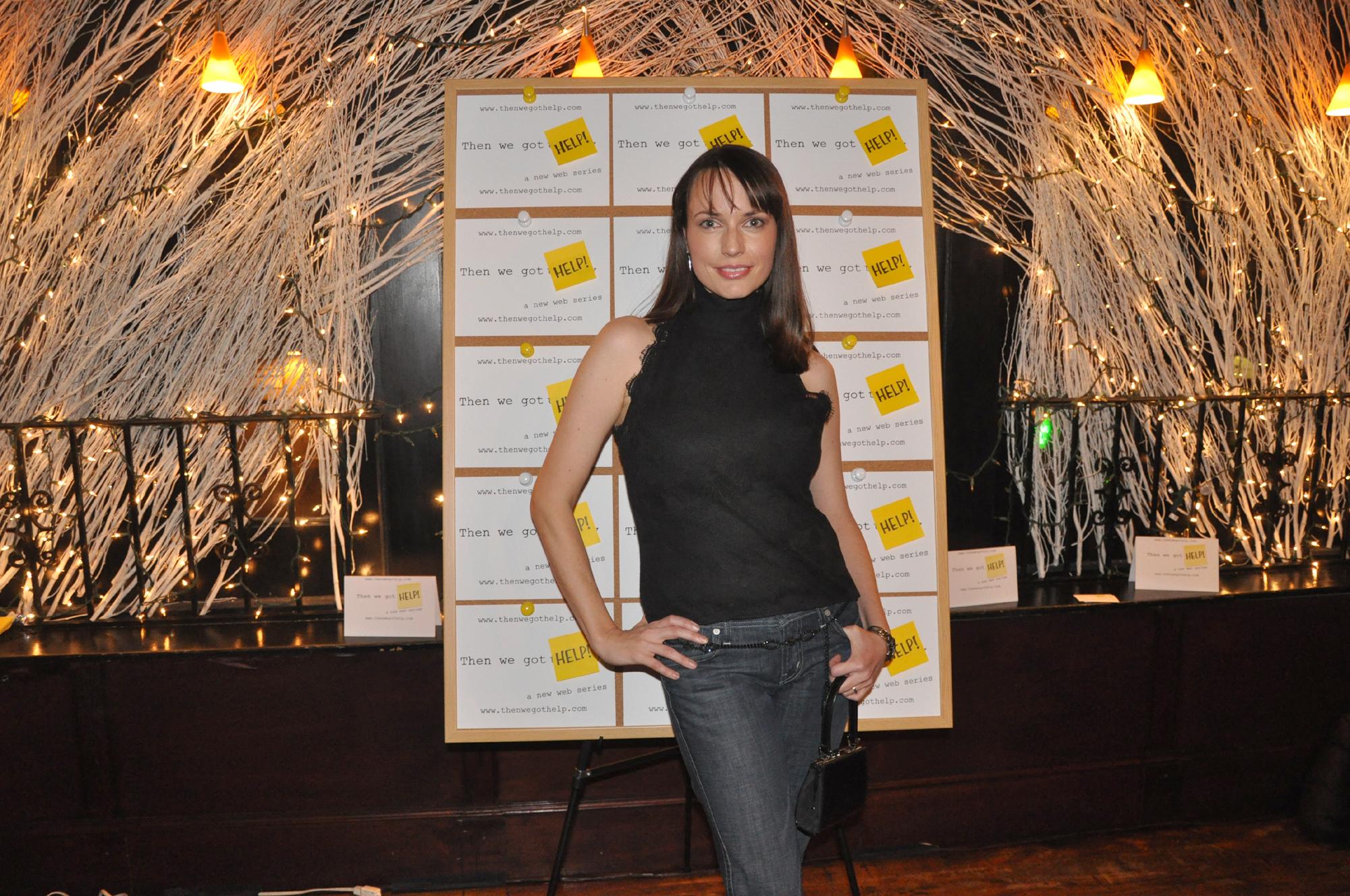 Julie Ann Emery HD