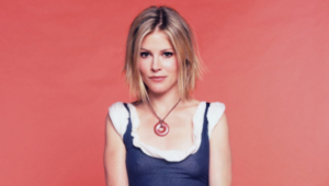 Julie Bowen Full Hd