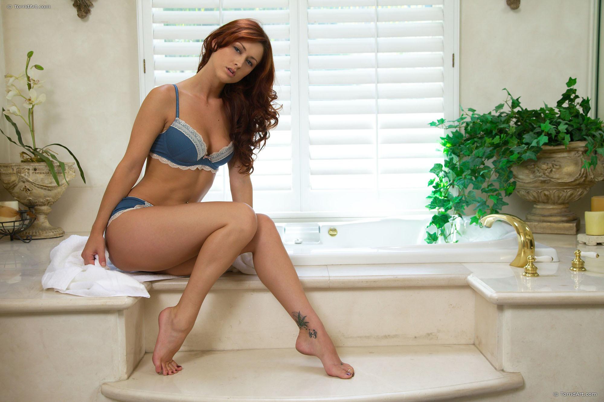 Karlie Montana Widescreen