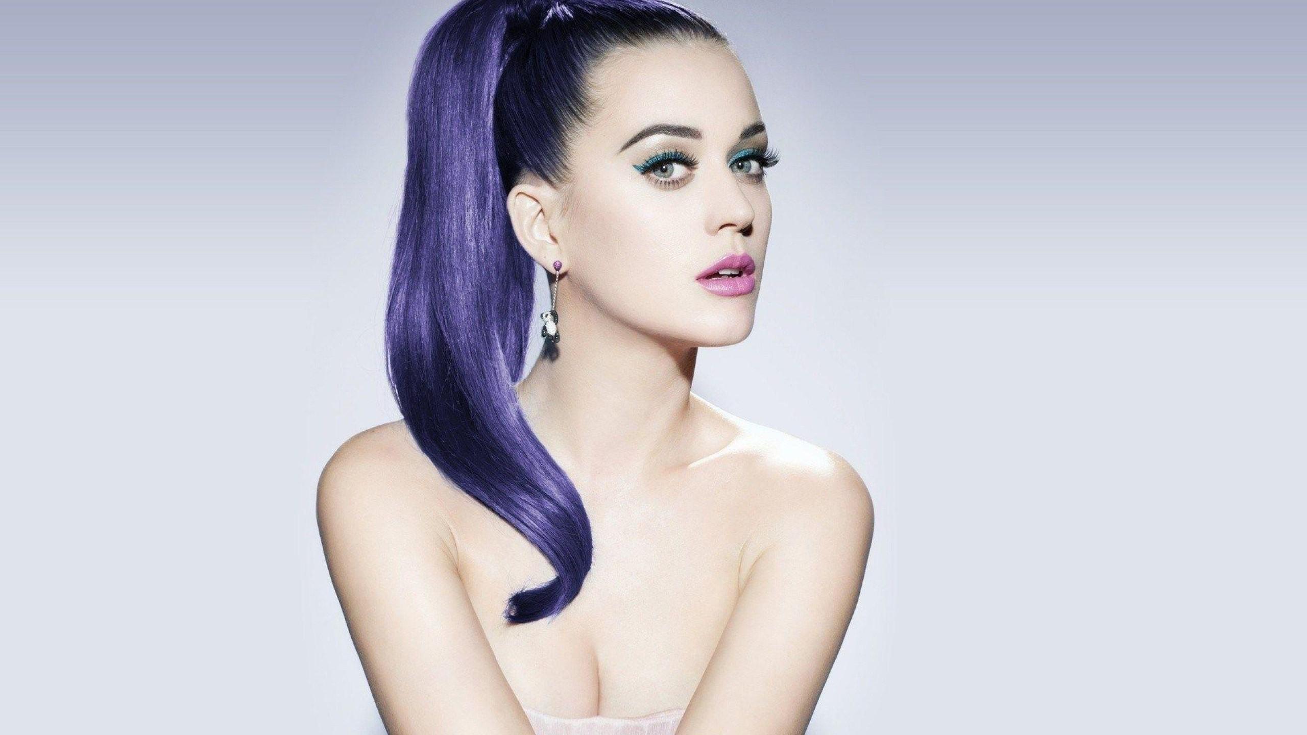 Katy Perry Deskto