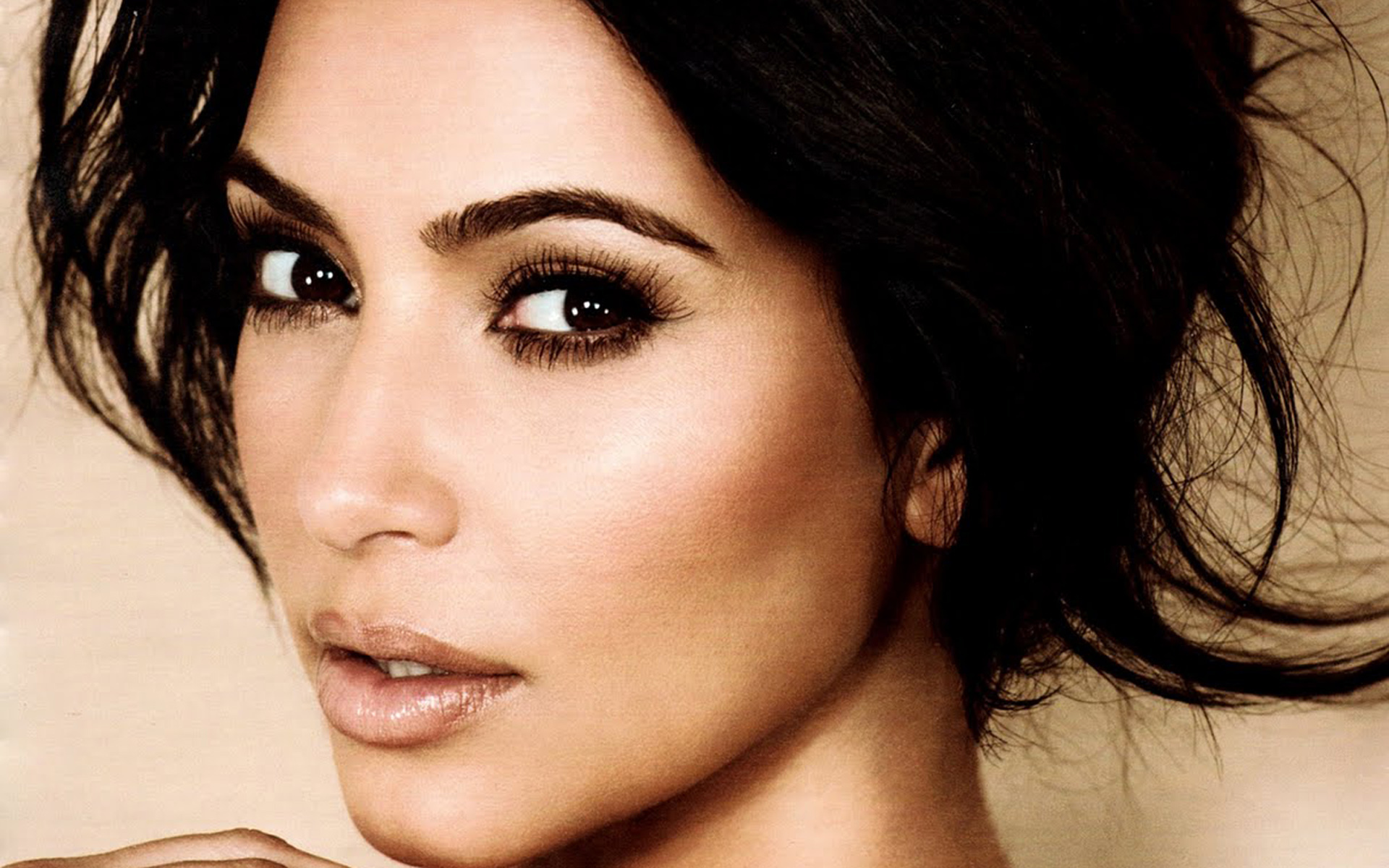 Kim Kardashian Hd Background
