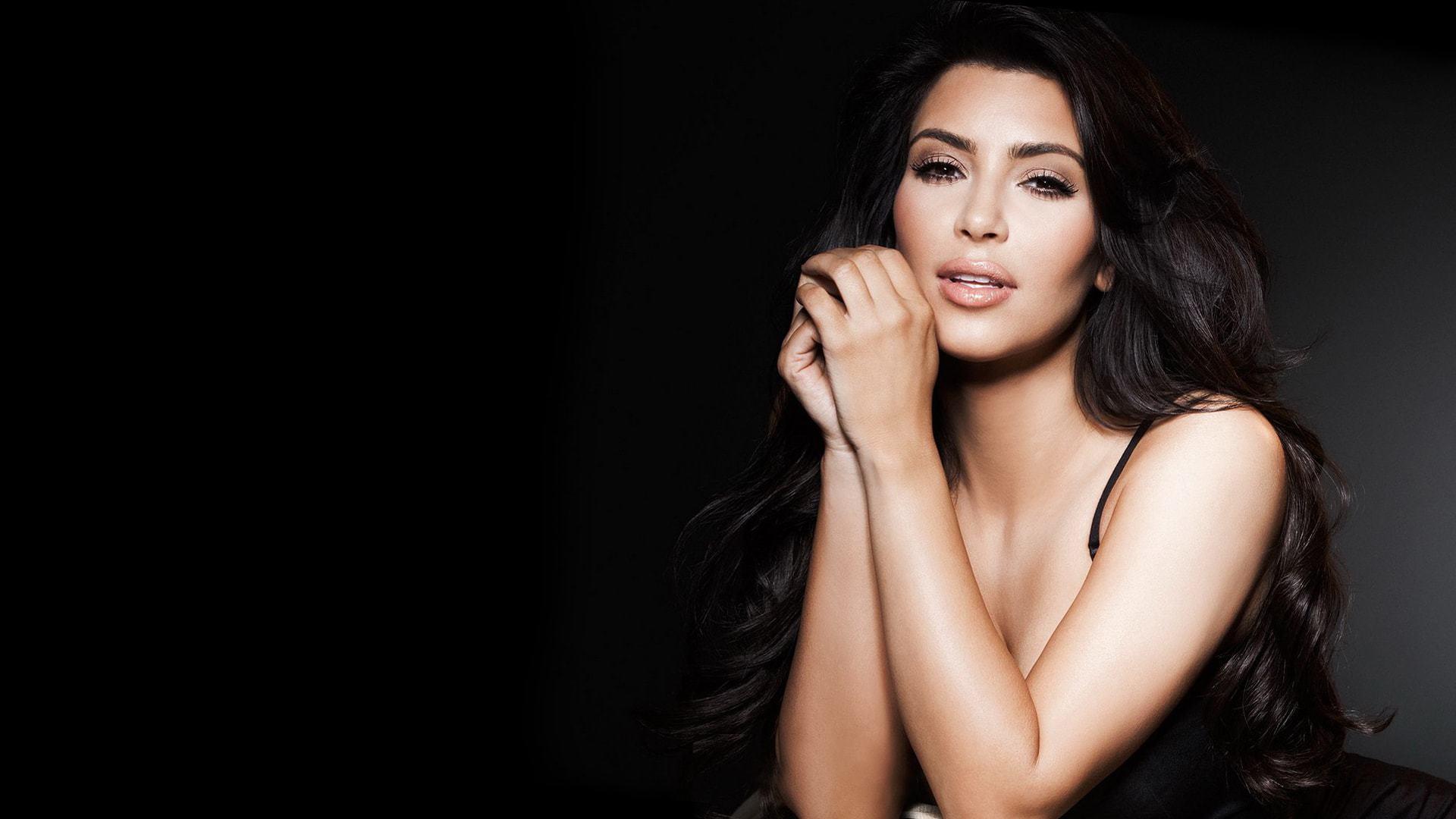 Kim Kardashian High Definition Wallpapers