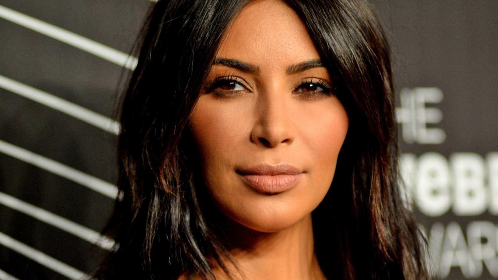 kim kardashian wallpapers images photos pictures backgrounds