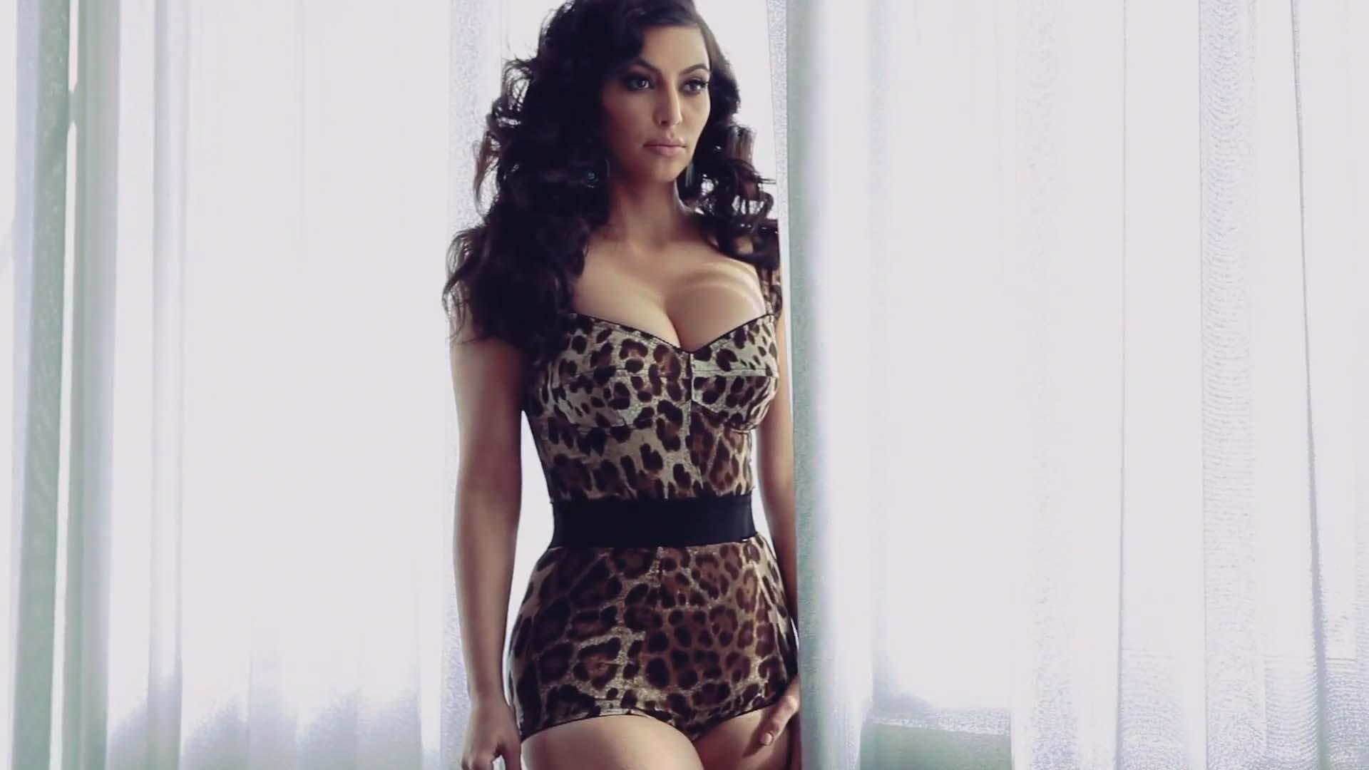 Kim Kardashian For Desktop Background