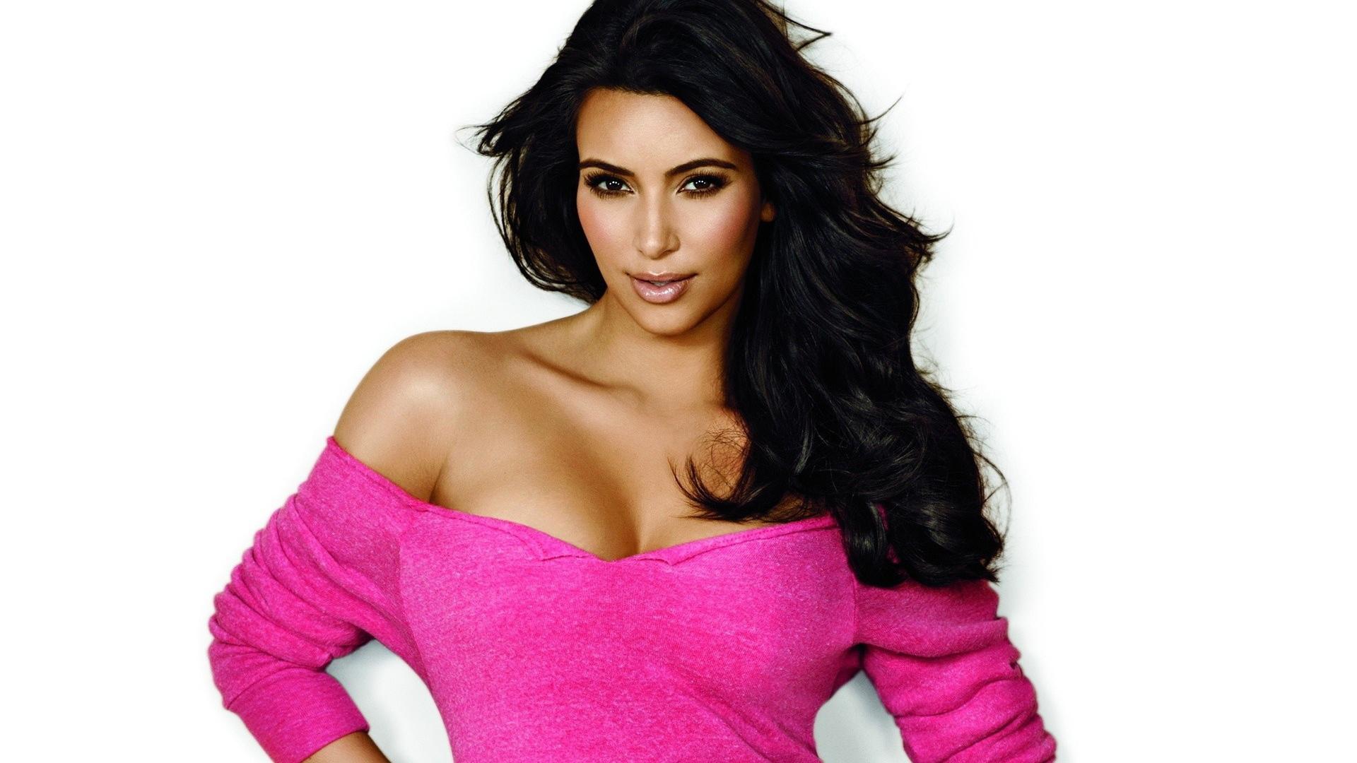 Kim Kardashian Wallpaper For Windows