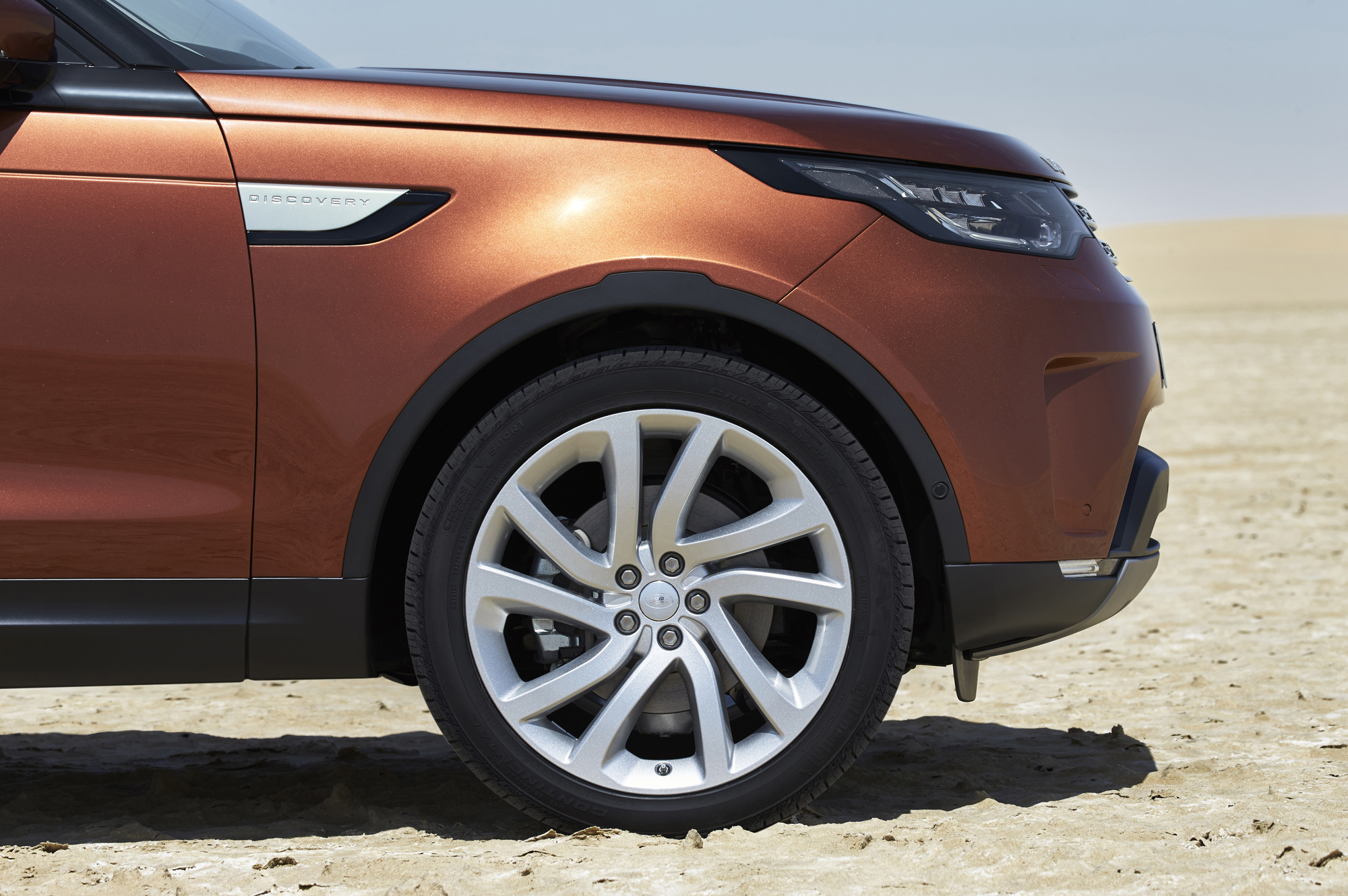 Land Rover Discovery High Quality Wallpapers