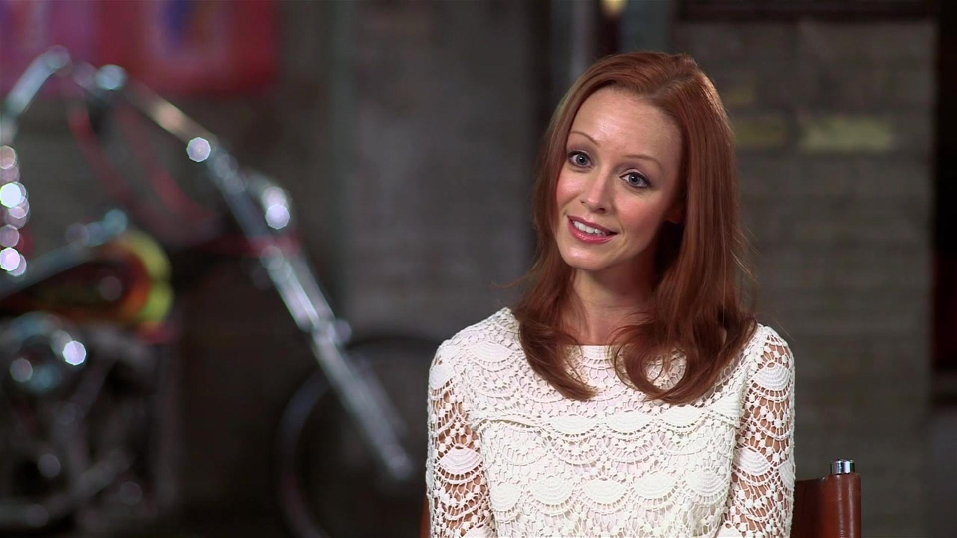 Lindy Booth Wallpaper