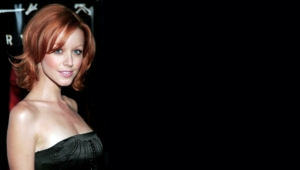 Lindy Booth For Deskto
