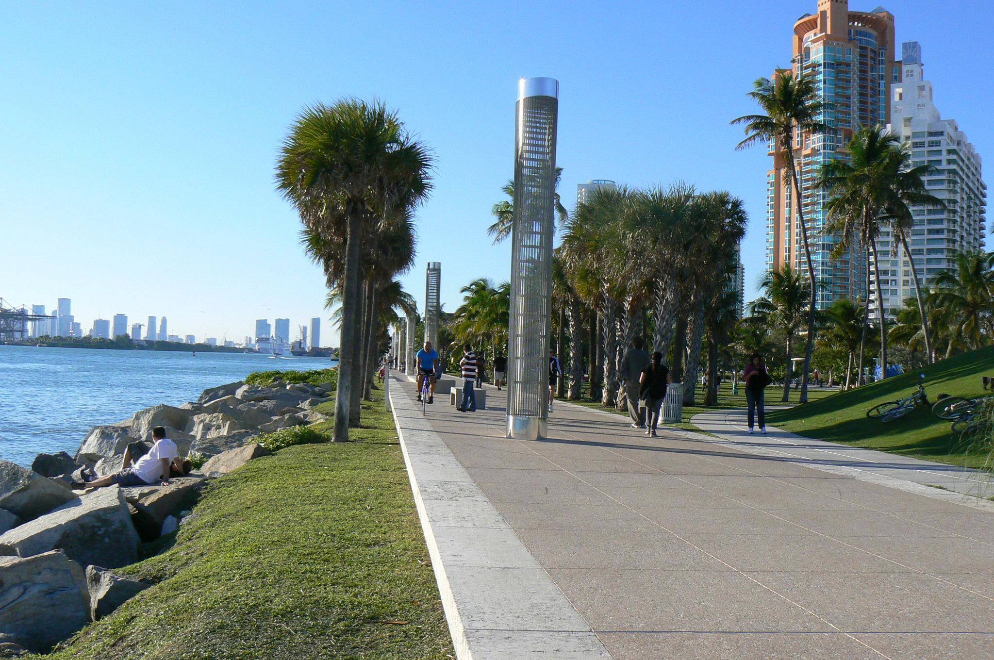Miami For Desktop