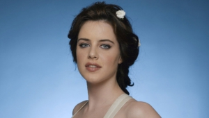 Michelle Ryan For Deskto