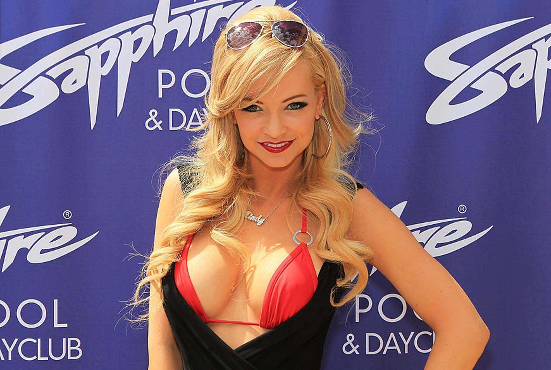 Mindy Robinson Wallpapers HD