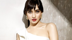 Neha Sharma Deskto