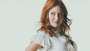 Renee Olstead High Quality Wallpapers