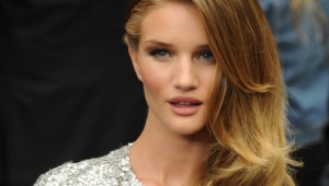 Rosie Huntington Whiteley Computer Wallpaper
