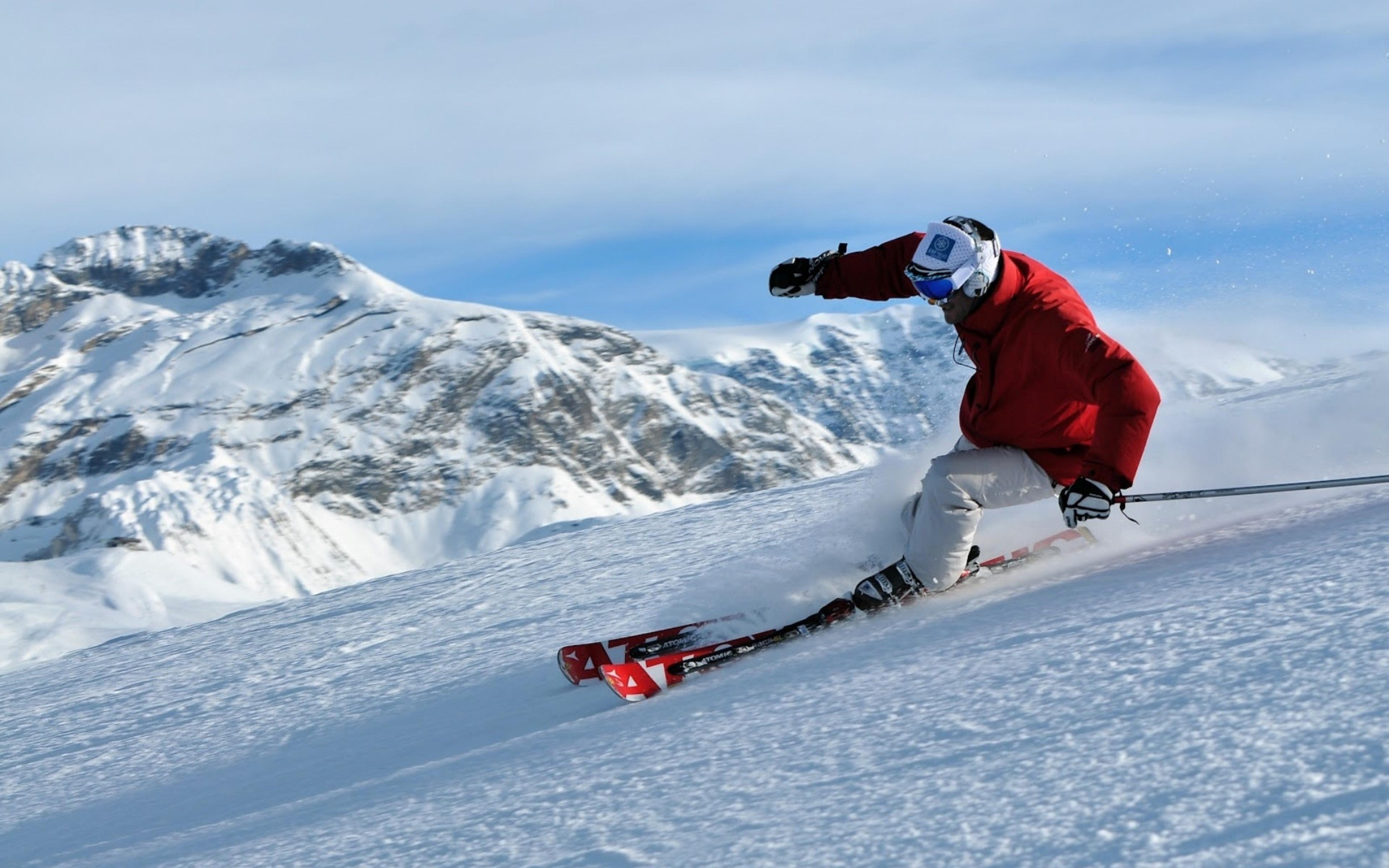 Skiing 4k