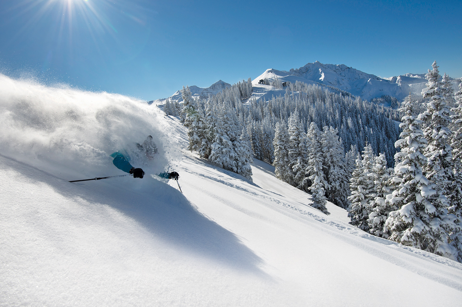 Skiing High Quality Wallpapers
