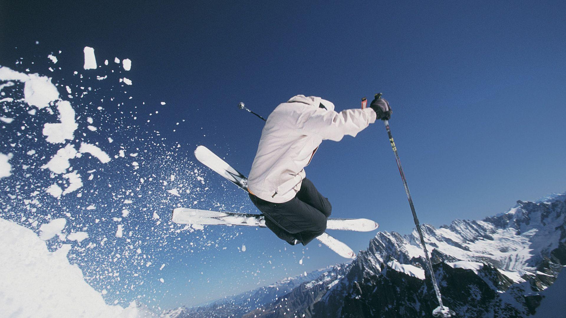 Skiing Wallpapers