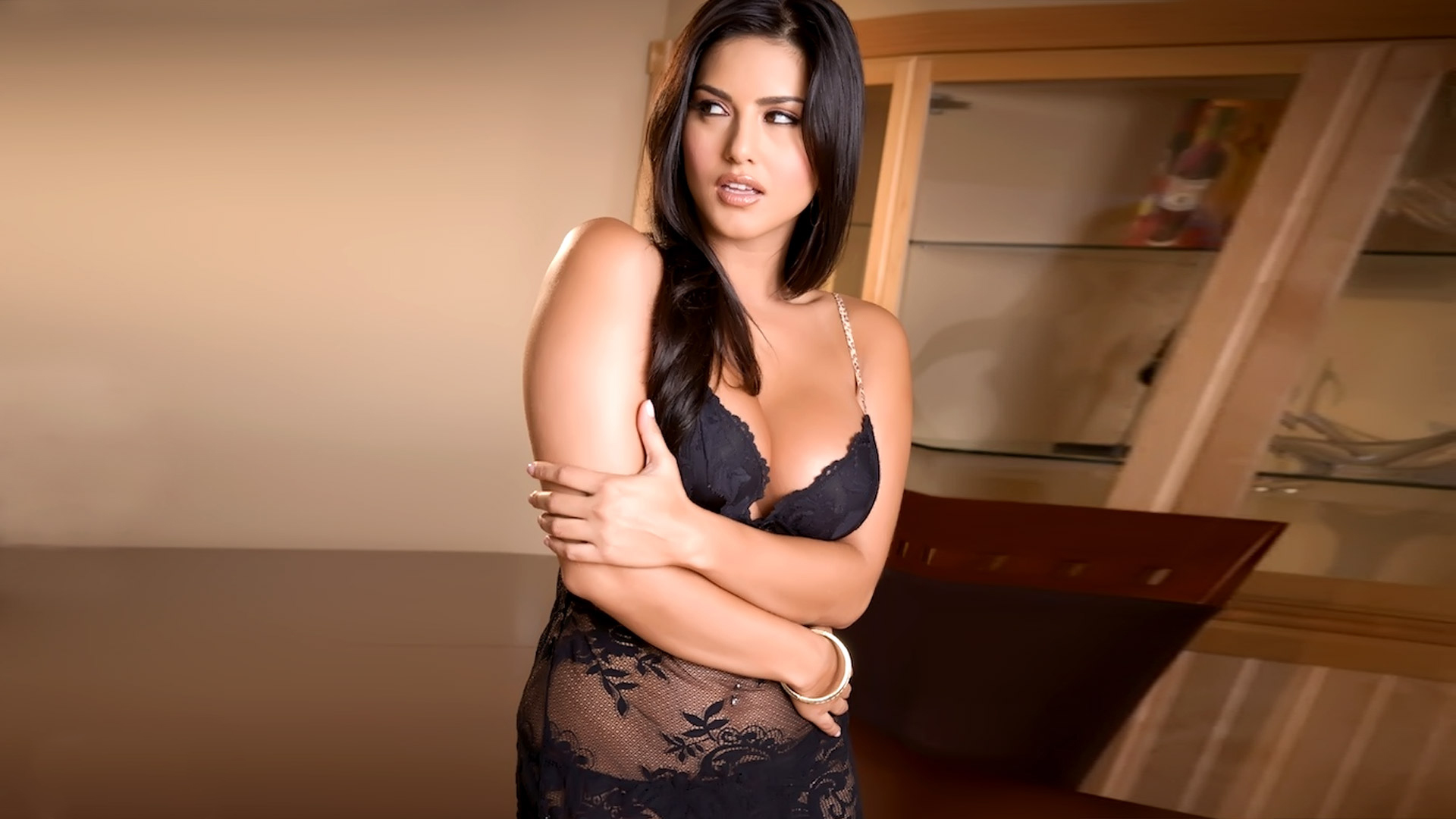 Sunny Leone Computer Backgrounds