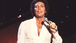 Tom Jones Widescreen