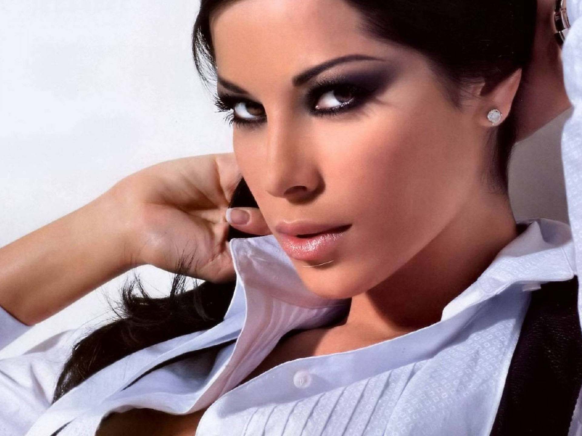 Aida Yespica Sexy Wallpapers