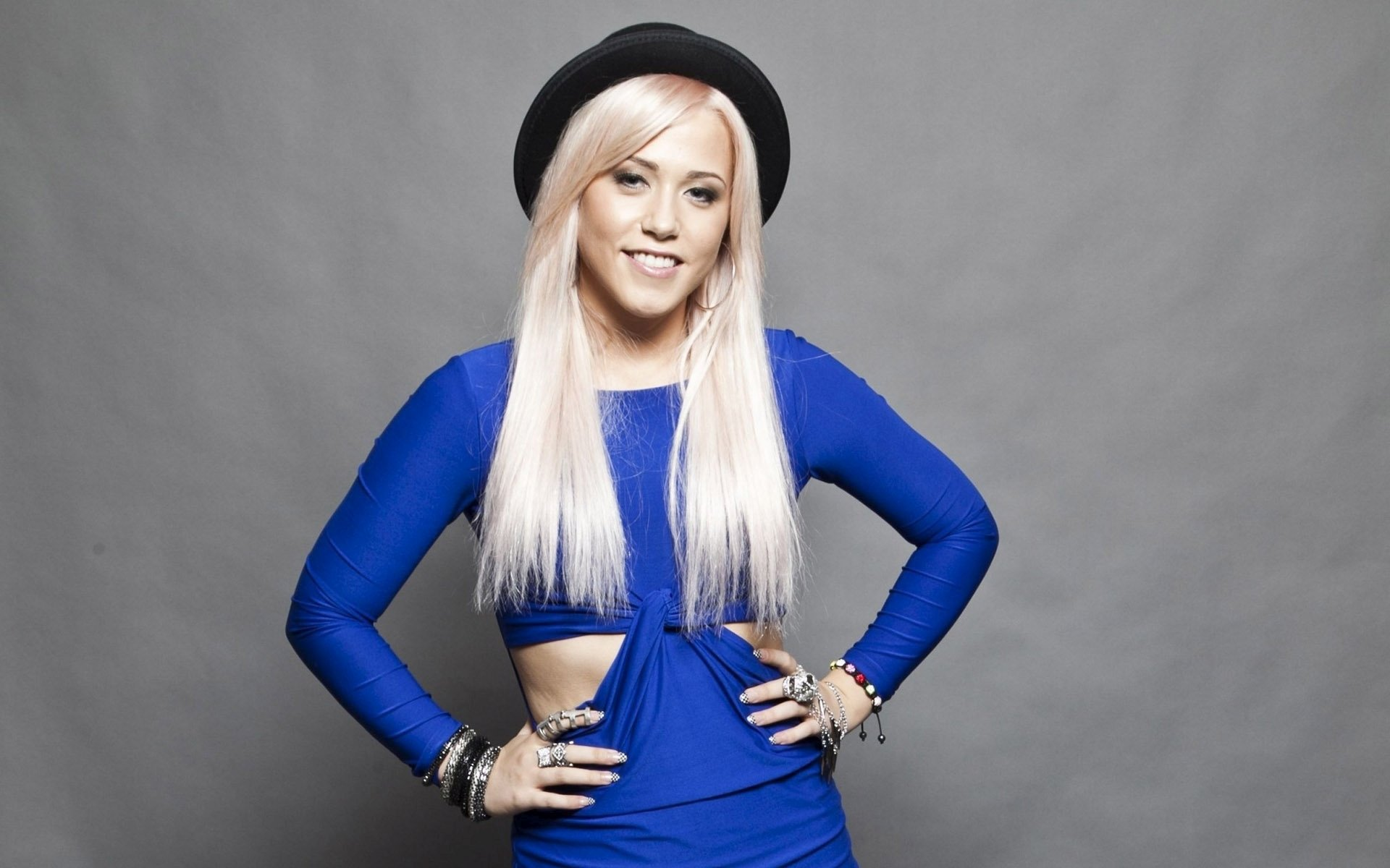 Amelia Lily Wallpapers