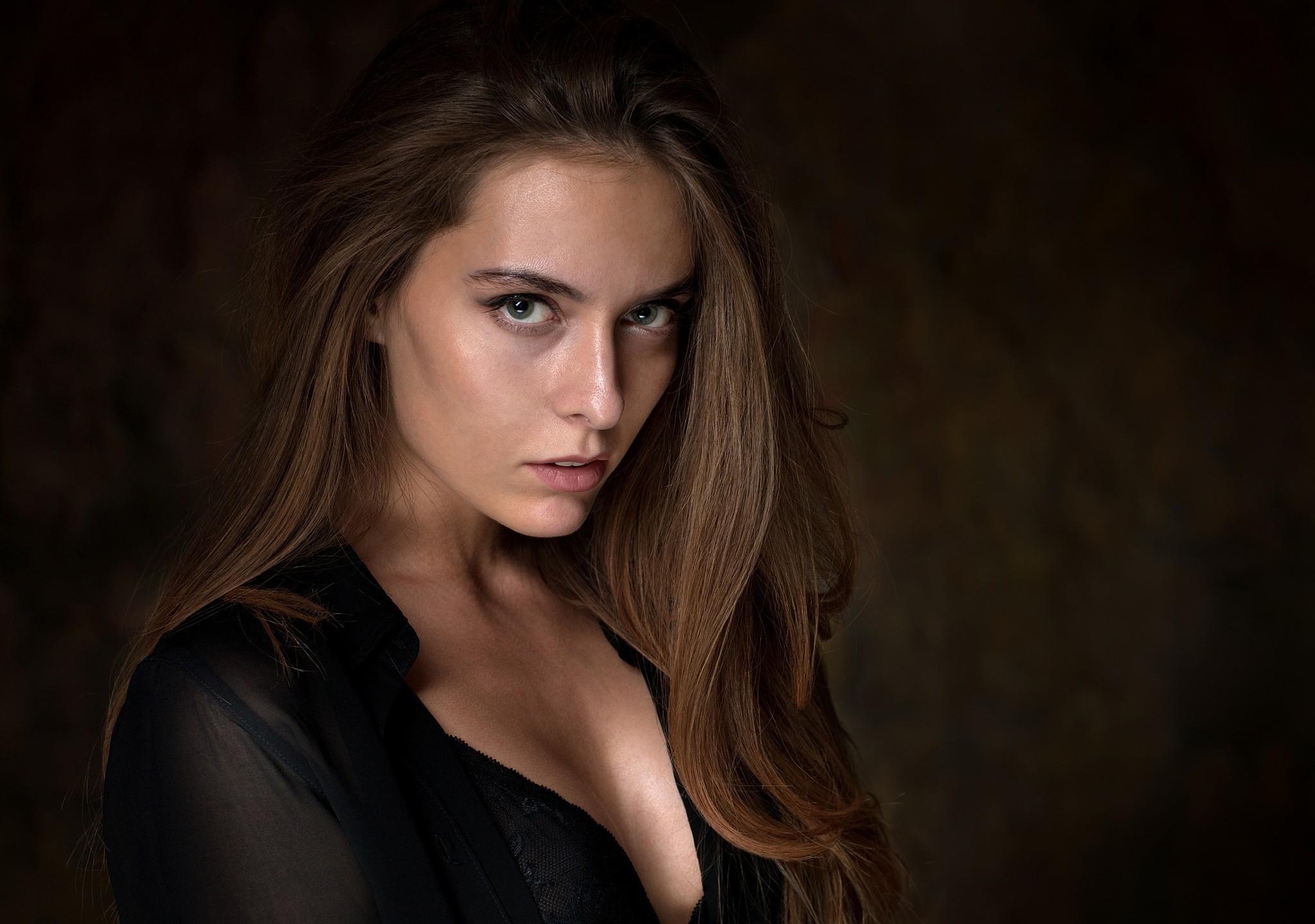 Amina Katinova Photos