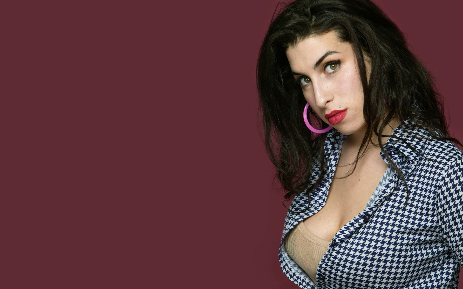 Amy Winehouse High Quality Wallpapers