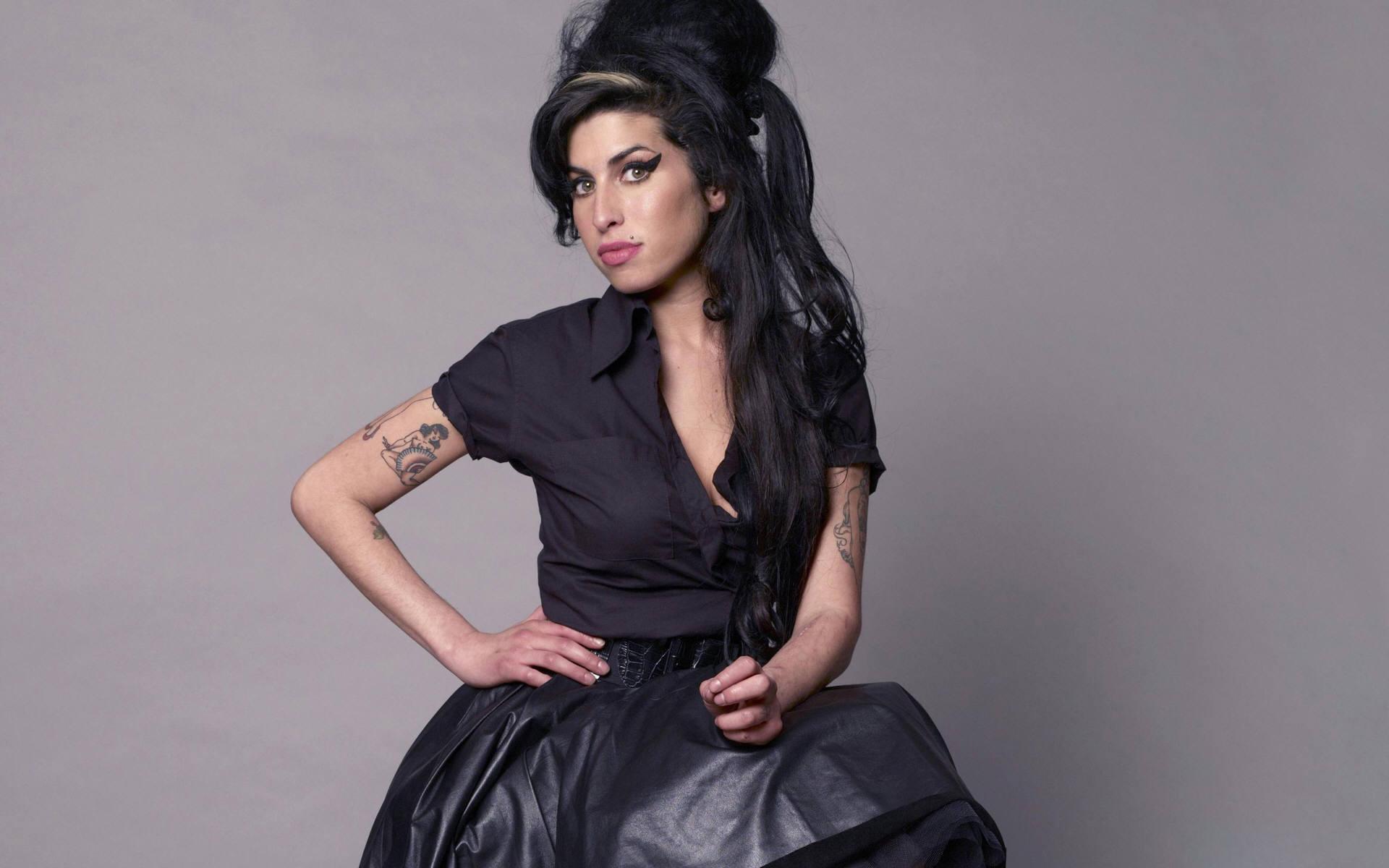 Amy Winehouse Ultra Hd Wallpaper