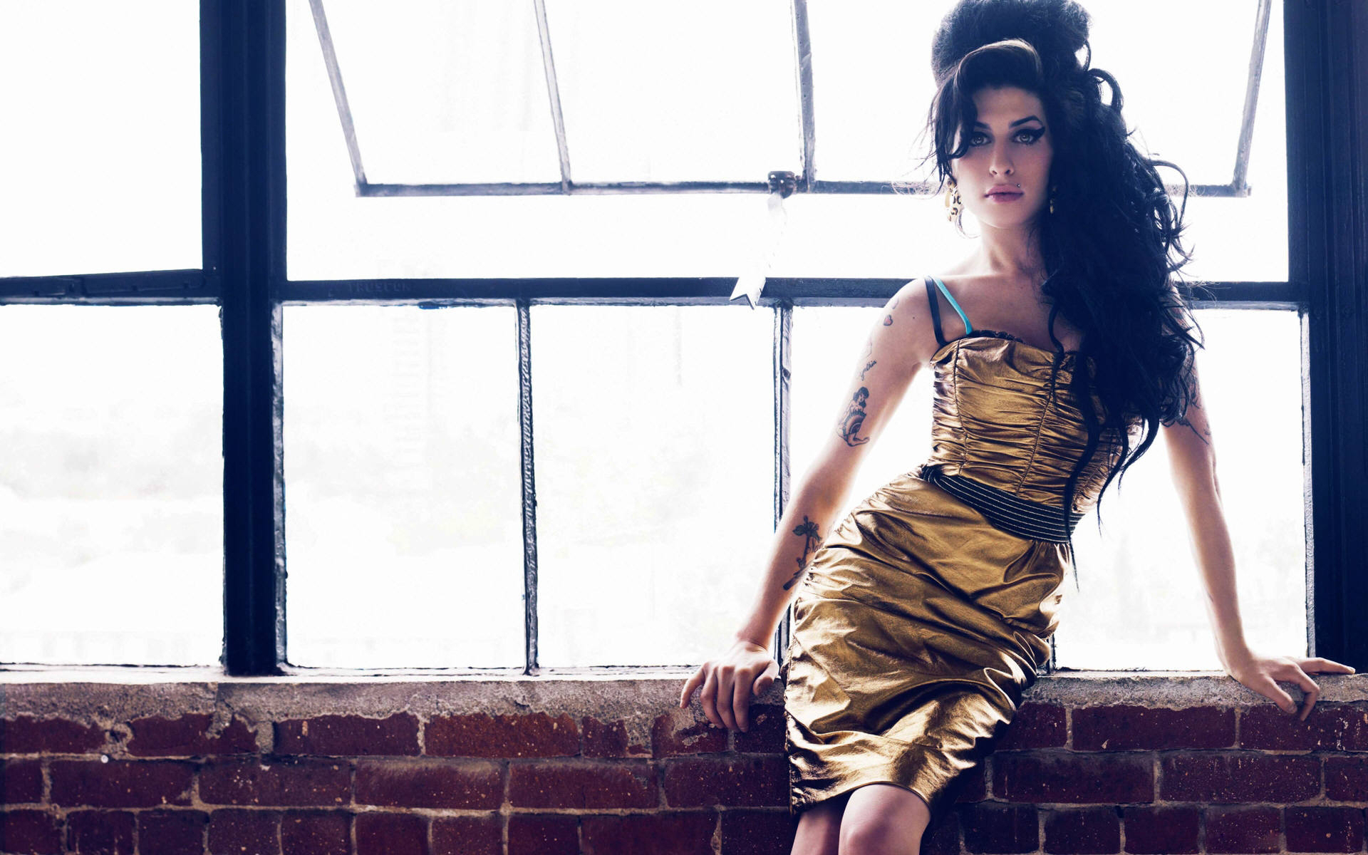 Amy Winehouse Free Wallpapers