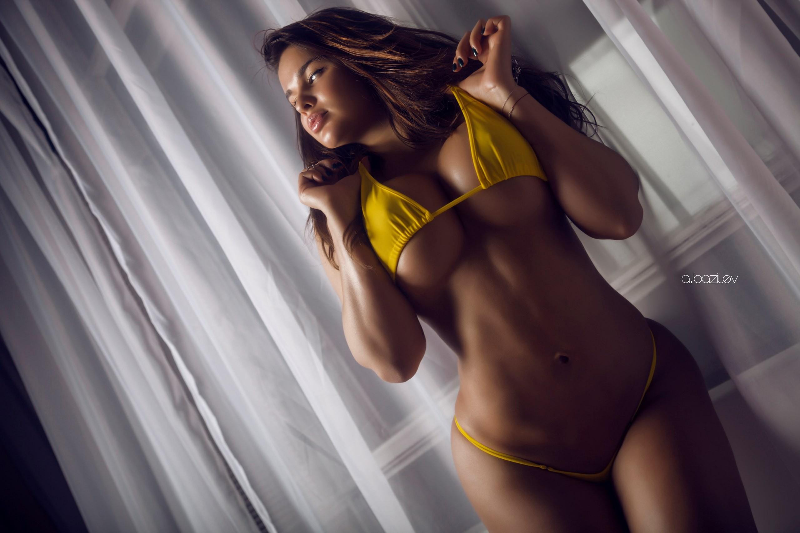 Anastasia Kvitko Sexy Photos