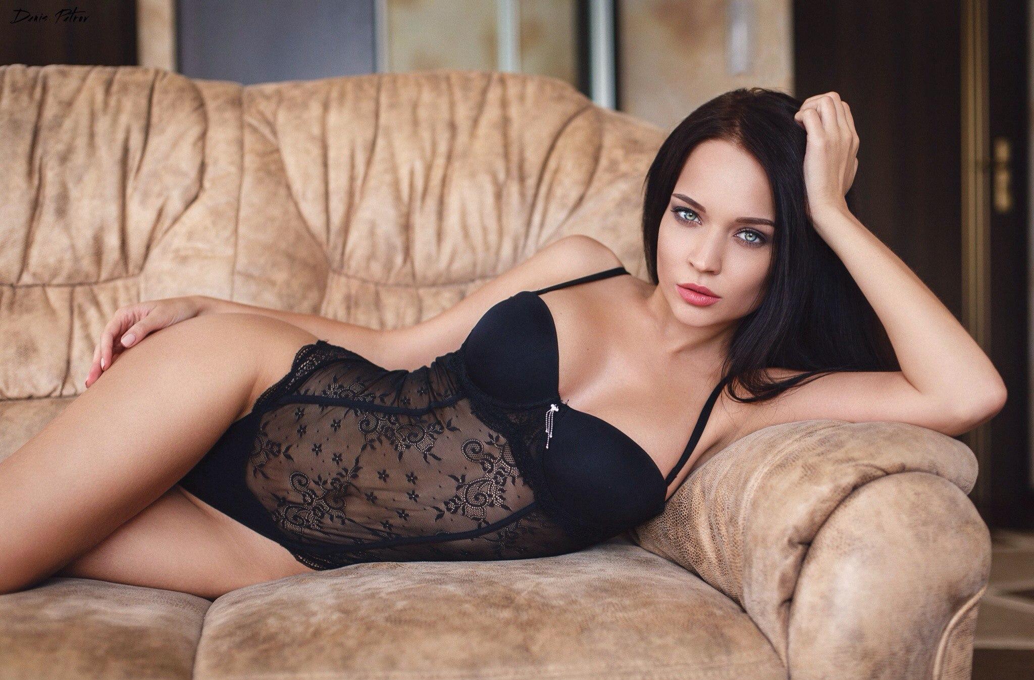 Angelina Petrova Wallpaper