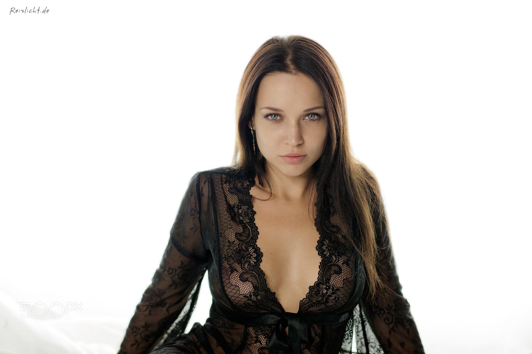Angelina Petrova Sexy Photos