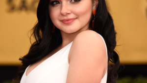 Ariel Winter Hd Iphone