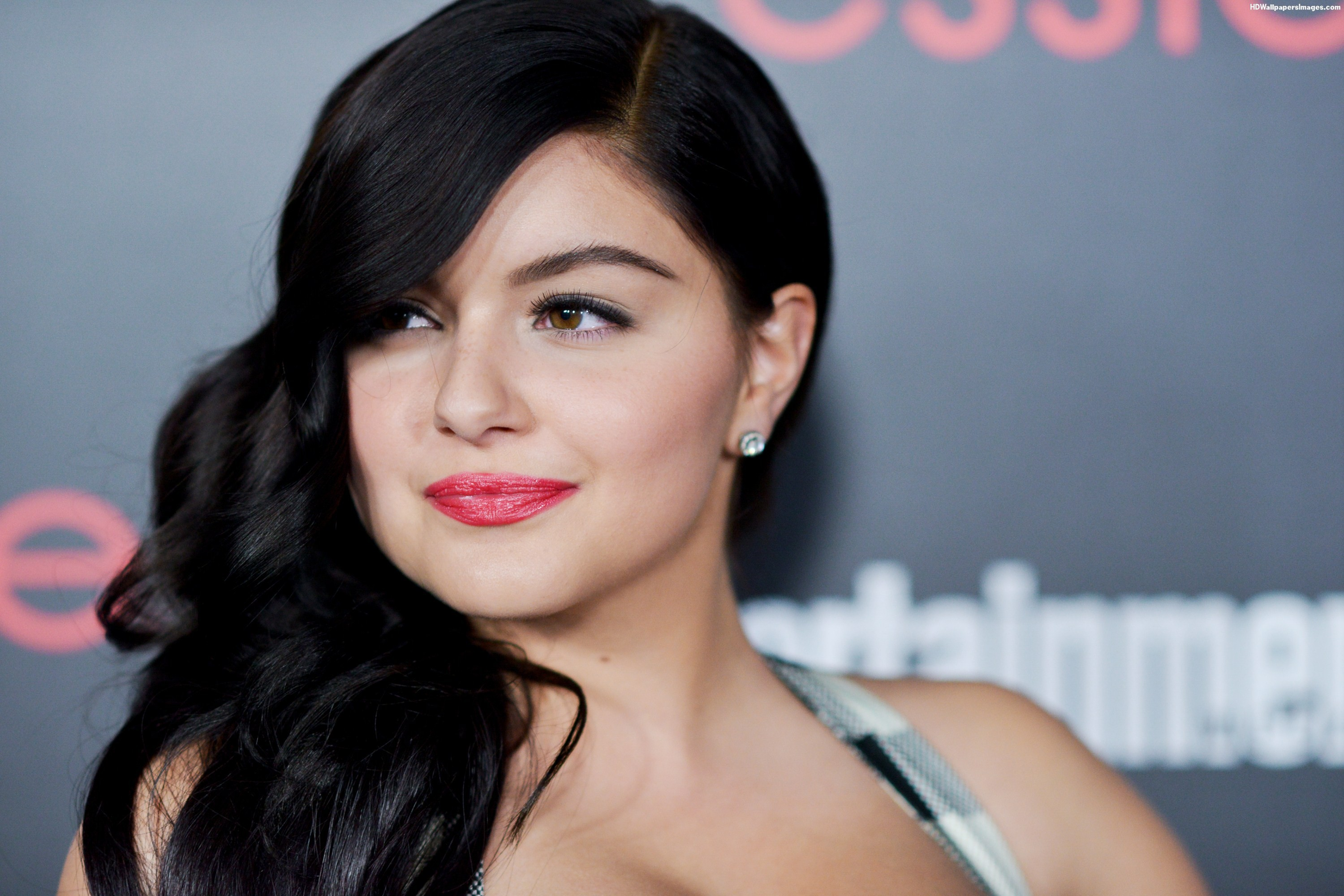 Ariel Winter Widescreen