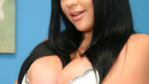 Audrey Bitoni High Quality Wallpapers For Iphone