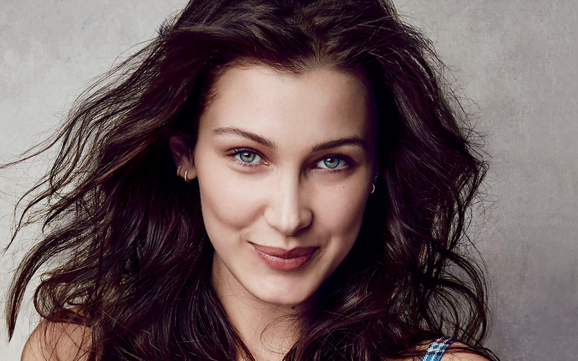 Bella Hadid Makeup