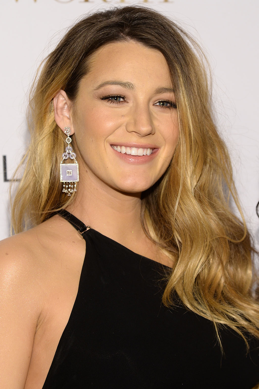 Blake Lively High Quality Wallpapers For Iphone