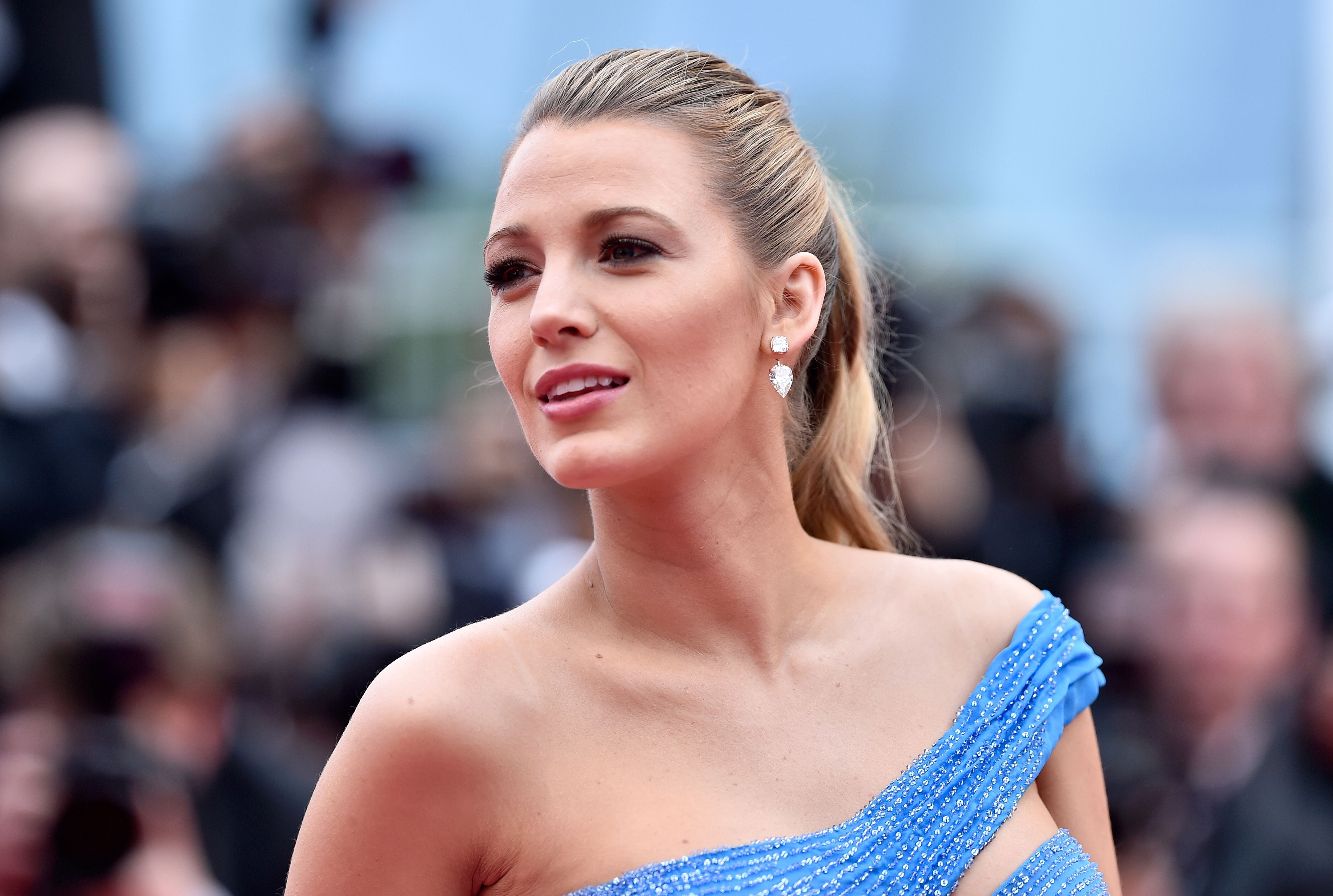 Blake Lively Hairstyle
