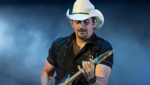 Brad Paisley For Desktop