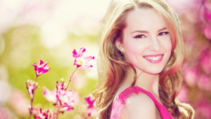 Bridgit Mendler Sexy Wallpapers