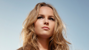 Bridgit Mendler Widescreen