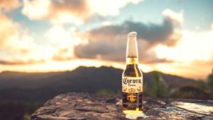 Corona Extra 4k