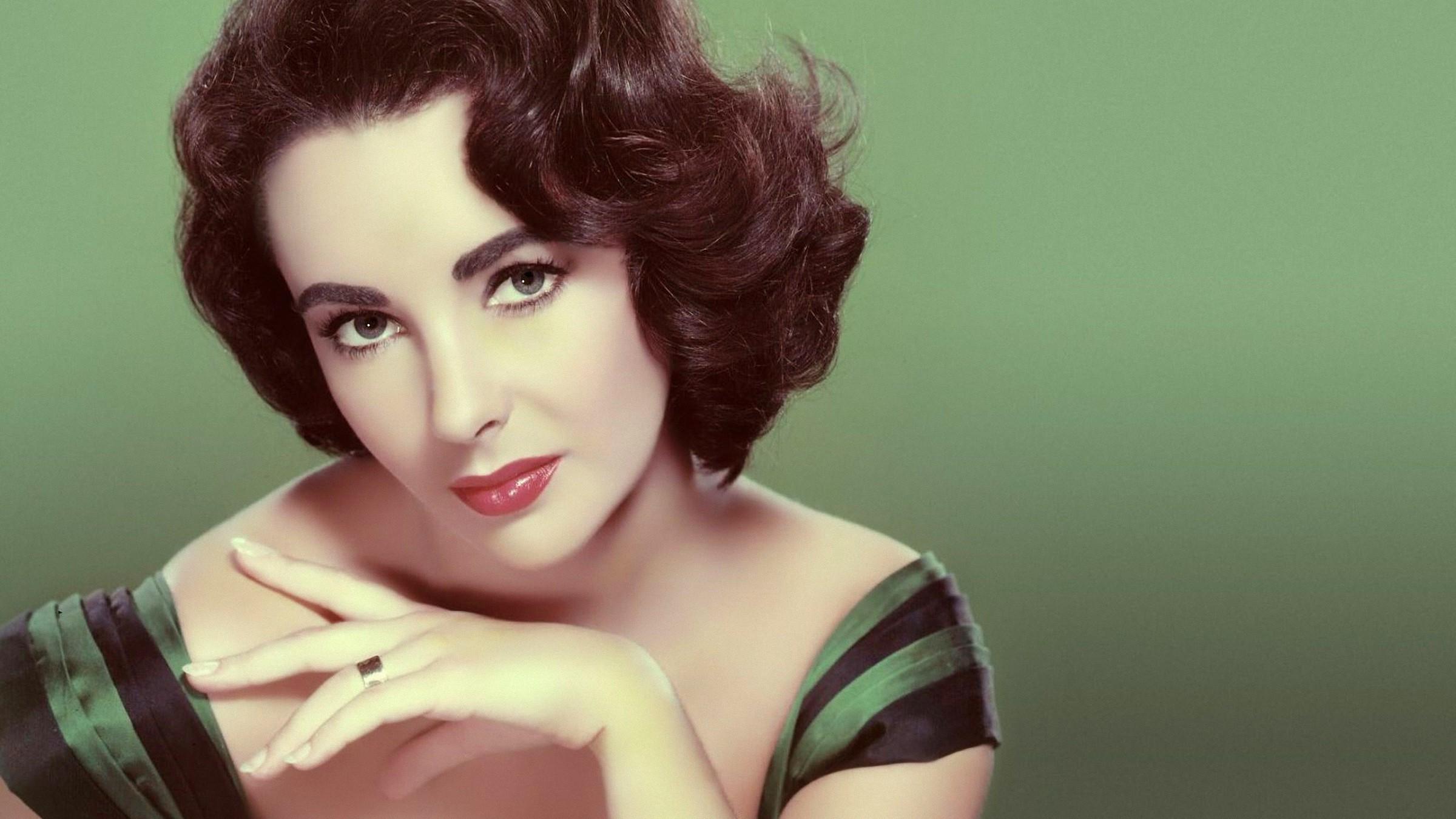 Elizabeth Taylor Images